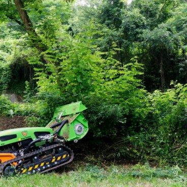Domluvte si předvedení stroje Green Climber přímo u Vás!