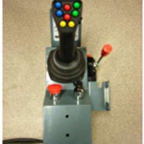 Ovládání lanovody nebo joystickem