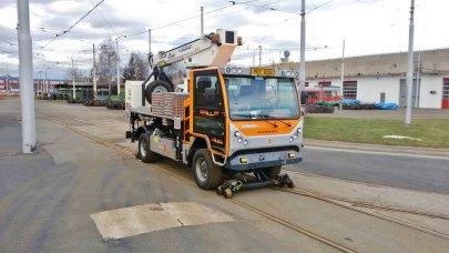 Montážní vůz trolejového vedení v Olomouci